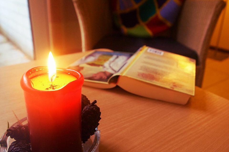 hygge-espelma-llibre