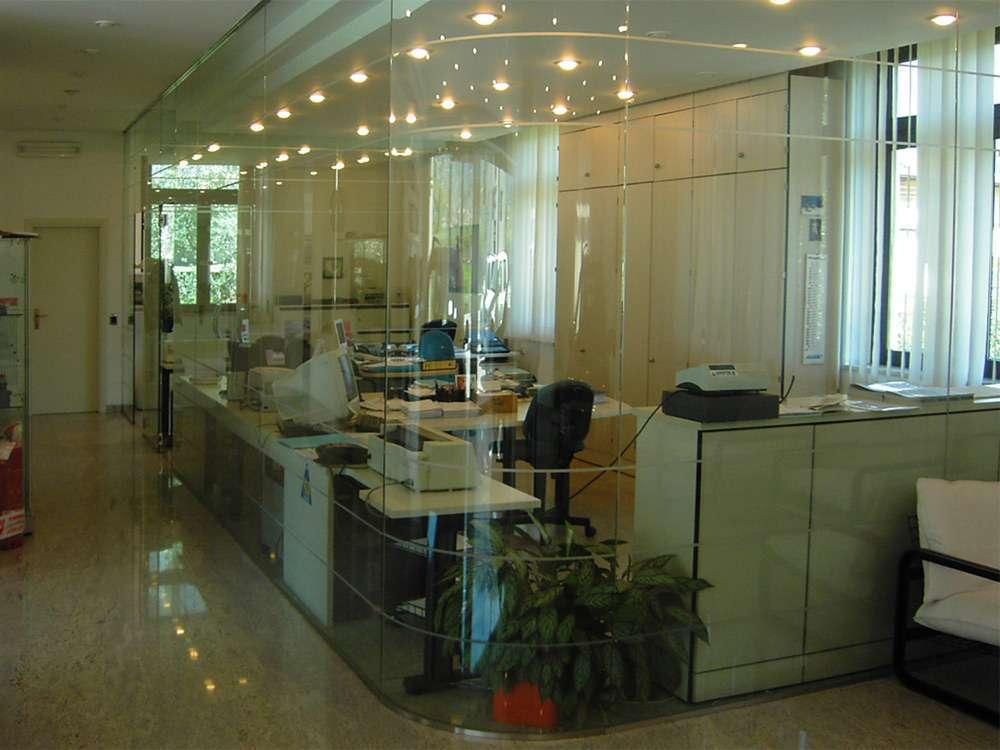 Pareti Di Vetro Scorrevoli : Porte automatiche in vetro arco trento santoni vetrisantoni