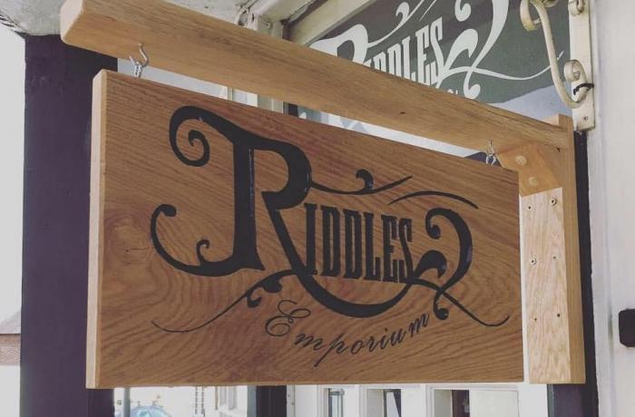 Experimental Gin Tasting at Riddles Emporium