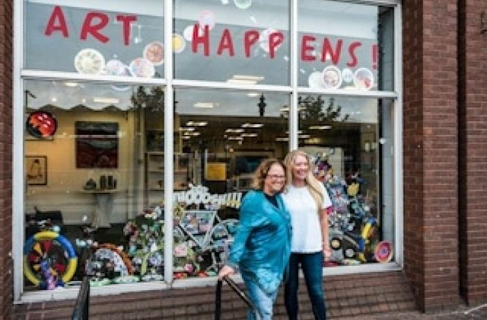 Altrincham Open Studios win 'Bike Themed Window Competition' organised by Altrincham BID