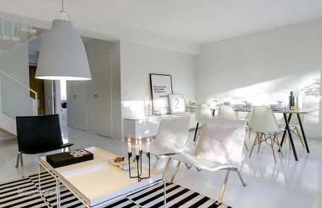 less-is-more-nordic-deco-always-white-black