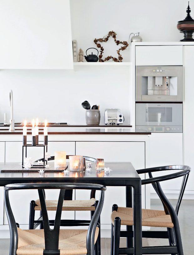 wishbone-chair-colors-white-wood-design-deco-2