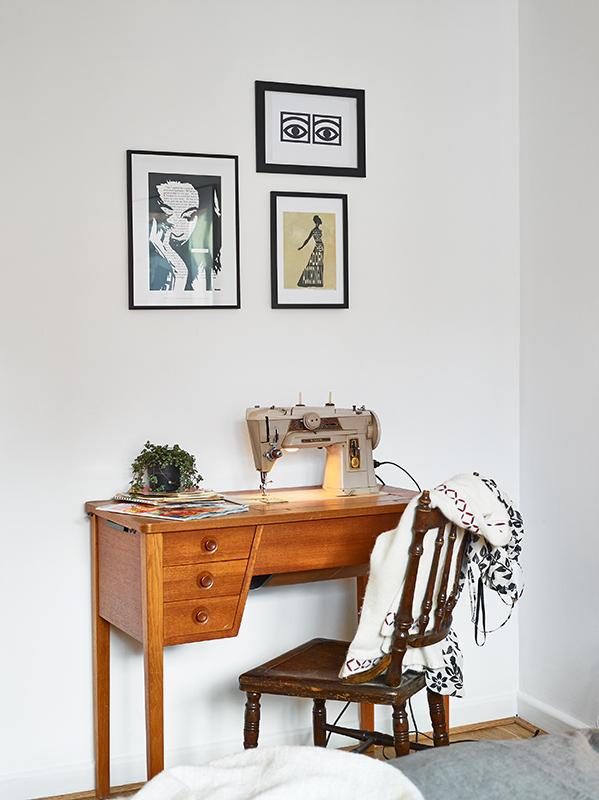 singer-sewing-macine-vintage-deco-style