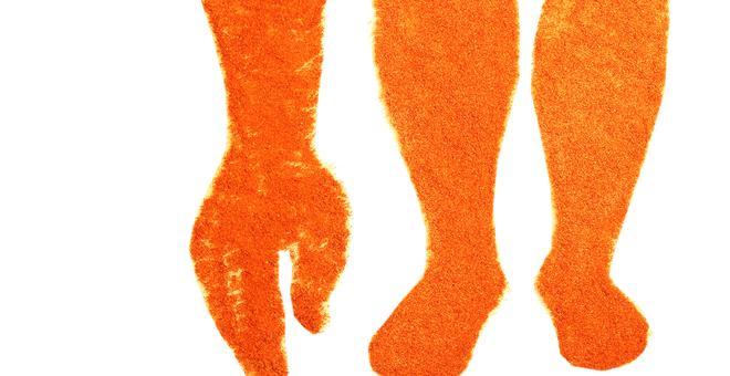 2181-white_rain_and_red_legs