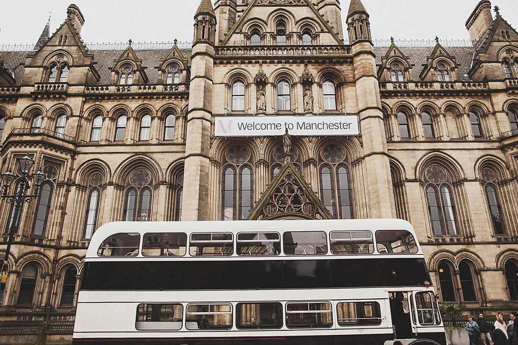 Manchester Town Hall wedding photographer 001