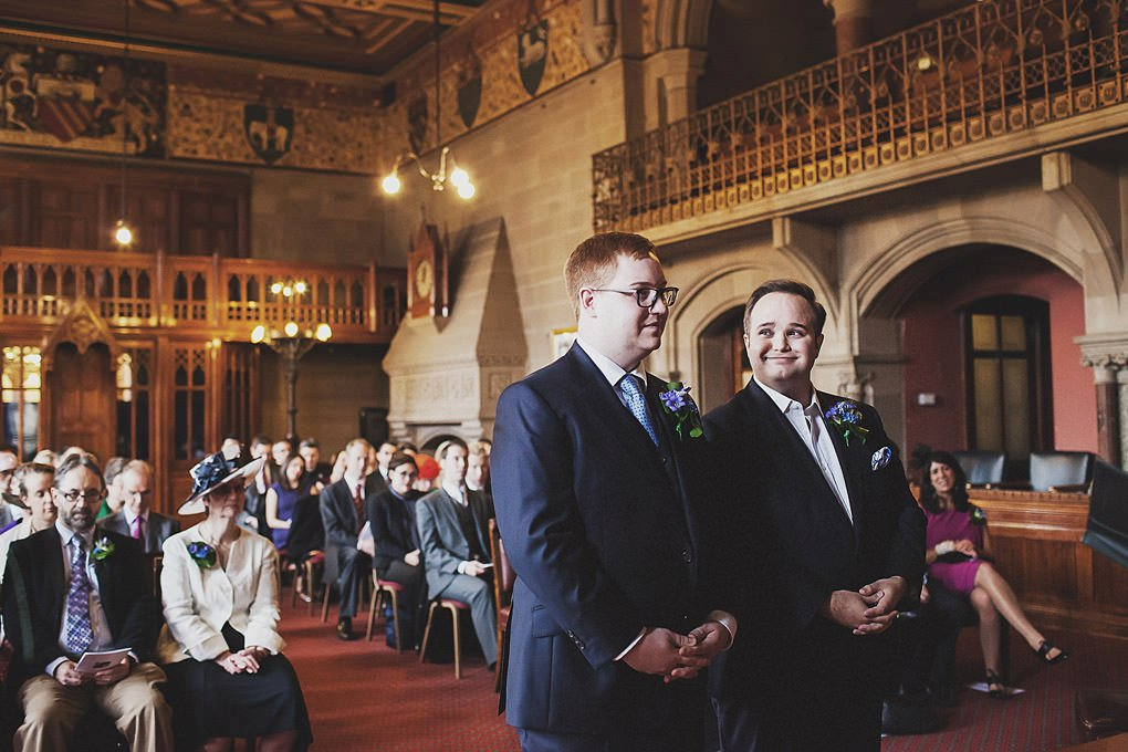 Manchester Town Hall wedding photographer 009