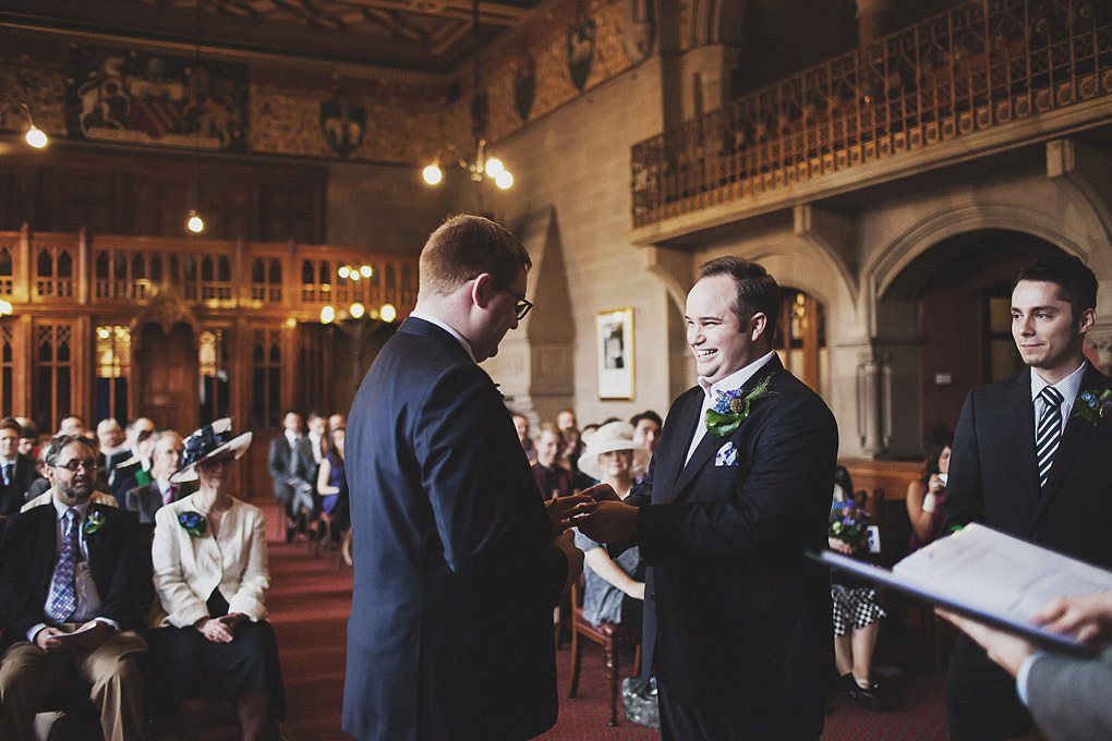 Manchester Town Hall wedding photographer 012