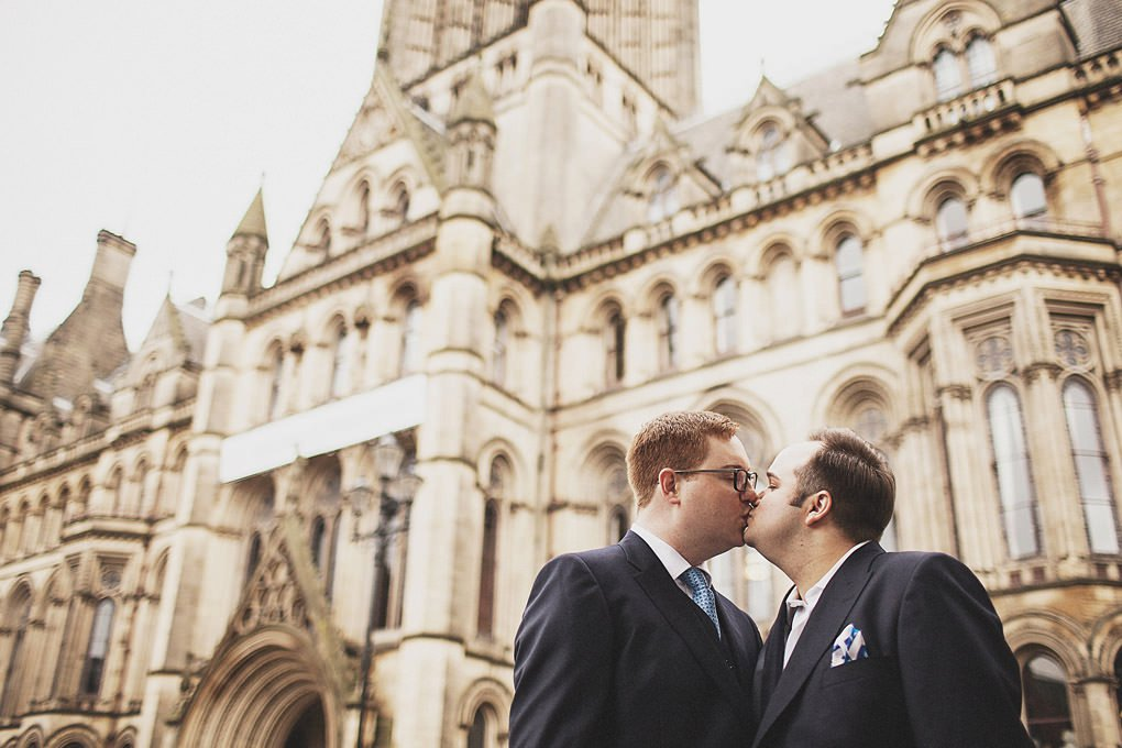 Manchester Town Hall wedding photographer 030