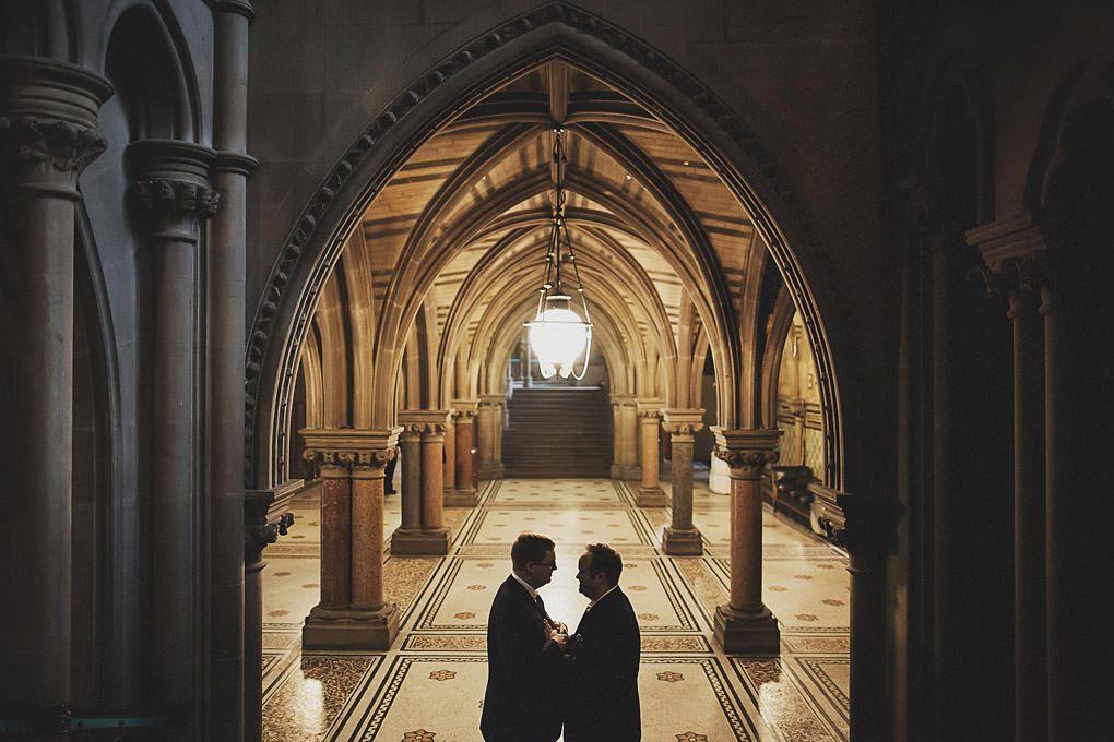 Manchester Town Hall wedding photographer 032