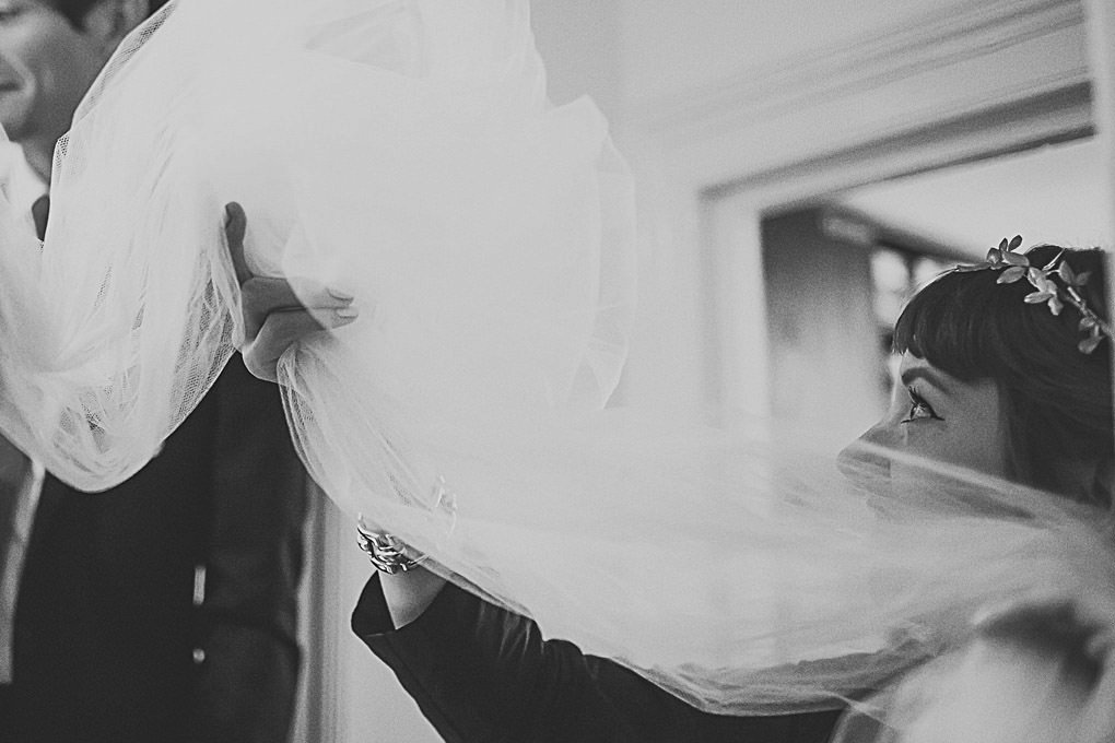 London wedding photographer Trinity Buoy Wharf 021
