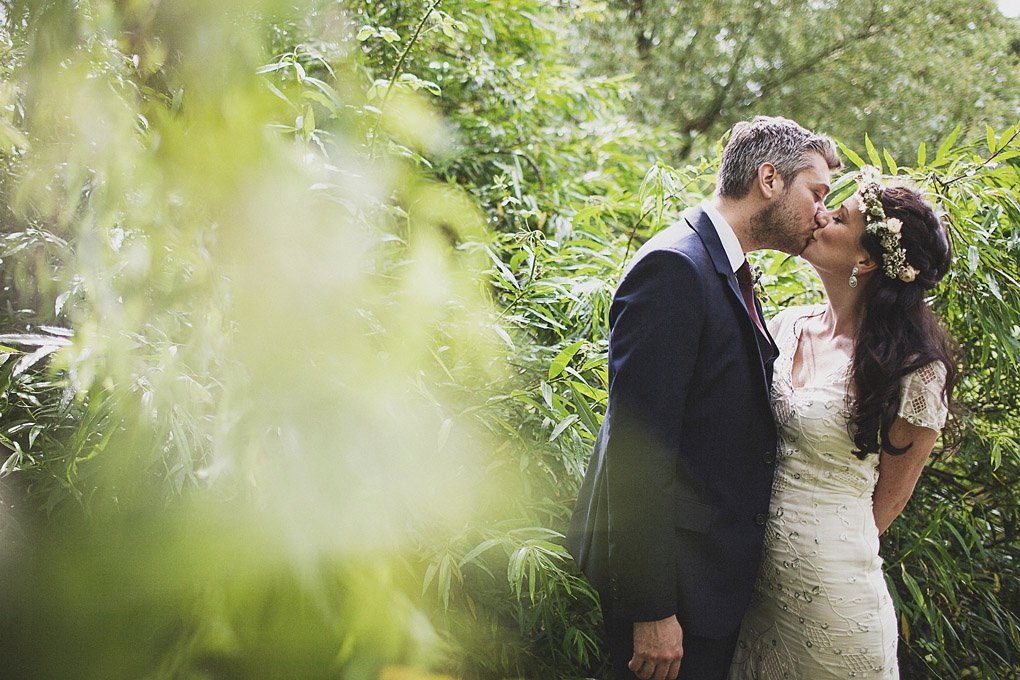 Sussex family home wedding photography 027