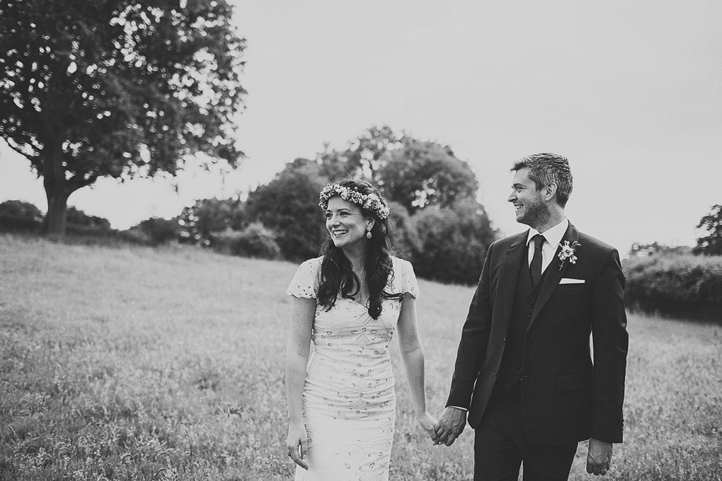 Sussex family home wedding photography 031