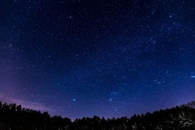 nocni_obloha