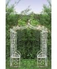 Splendidă pergolă pentru grădină, decorată cu flori și papagali