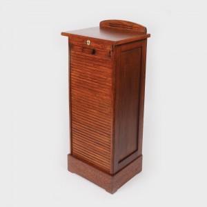 Interesantă cartotecă din lemn de stejar, prima jumătate a sec. XX