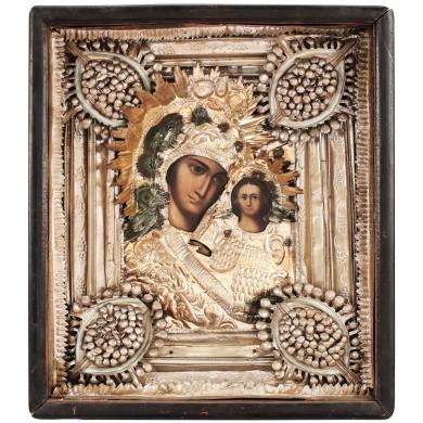 """Icoană pe lemn, """"Maica Domnului cu Pruncul"""", Rusia, începutul sec. XX, cu ferecătură din argint"""