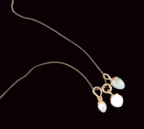 Lanț din aur Ole Lynggaard, însoțit de 3 pandantive cu pietrele lunii și un acvamarin