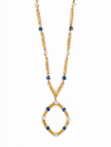 Colier din aur, decorat cu safire şi diamante