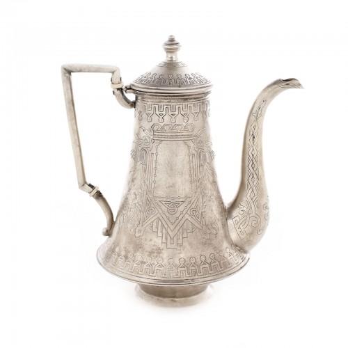 Ceainic din argint, cu ornamentație pan-slavică, meșter Ikonikov C.,1882
