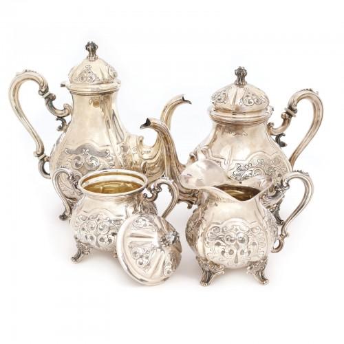 Set din argint format din ceainic, cafetieră, zaharniță și letieră