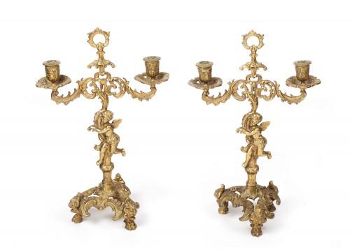 Pereche de sfeșnice din bronz, decorate în stil Neo-Rococo, prima jumătate a sec. XX