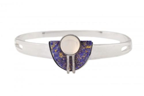 Brățară Elisabeth Koller, de inspirație Art Deco, decorată cu Lapis Lazuli și piatra lunii