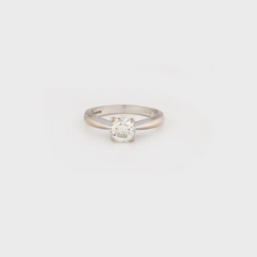 Inel din aur alb, decorat cu diamant