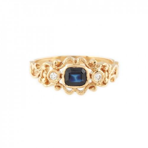 Inel din aur, decorat cu safir și diamante