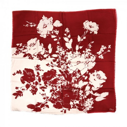 Eșarfă Dior decorată cu elemente florale, din mătase naturală, provine din colecția creatoarei de modă Romanița Iovan