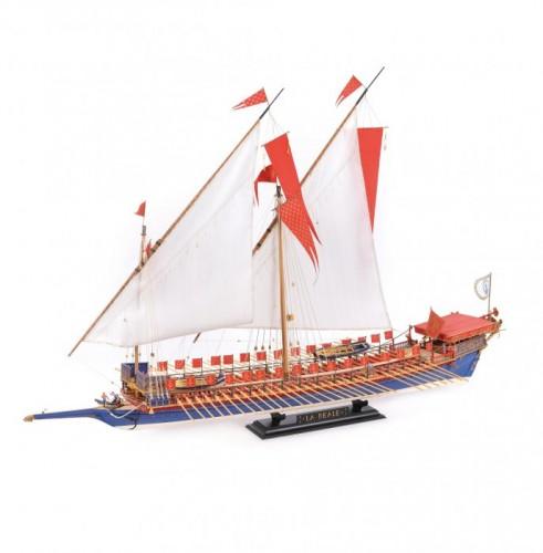 """Macheta vasului """"Reale de France, 1780"""", a obținut două medalii de argint la campionatele europene de la Kavarna, Bulgaria, și campionatele mondiale de la Kaliningrad, Rusia, 2016, 2017"""