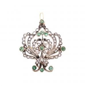 Elegantă broșă-pandantiv din aur, ornată cu smaralde și diamante