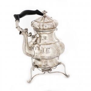 Ceainic din argint cu spirtieră, executat manual, cca. 1940-1970