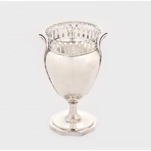 Cupă cu capac, din argint, cca. 1790-1800, piesă rară, de colecţie