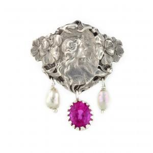 Pandantiv Art Nouveau din argint, decorat cu perle şi turmalină, piesă de autor Jean Garnier, cca. 1900