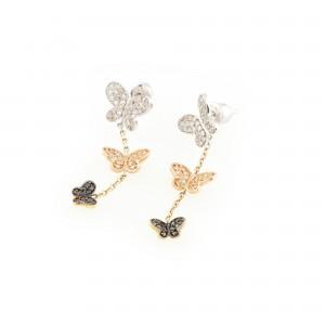 Pereche de cercei din aur, în formă de fluturași, decorată cu diamante albe și negre