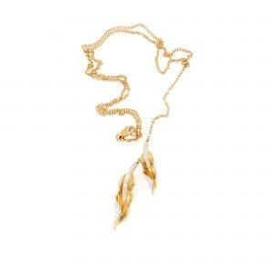 Lanț cu pandantiv din aur, ornat cu diamante