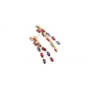 Pereche de cercei ornată cu tanzanite, granate şi diamante