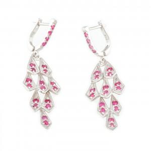 Pereche de cercei din argint, ornată cu safire roz