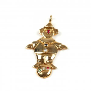 Pandantiv din aur, în formă de clown, decorat cu rubin, smarald, diamant şi safire