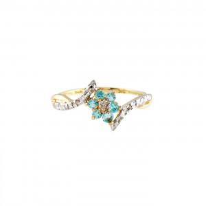 Inel din aur decorat cu topaze și diamante