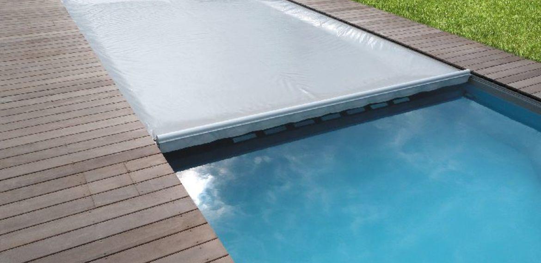 couverture-immergée-piscine