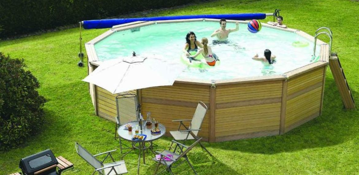 piscine hors sol photo bche hiver gr pour piscine hors sol en situation with piscine hors sol. Black Bedroom Furniture Sets. Home Design Ideas