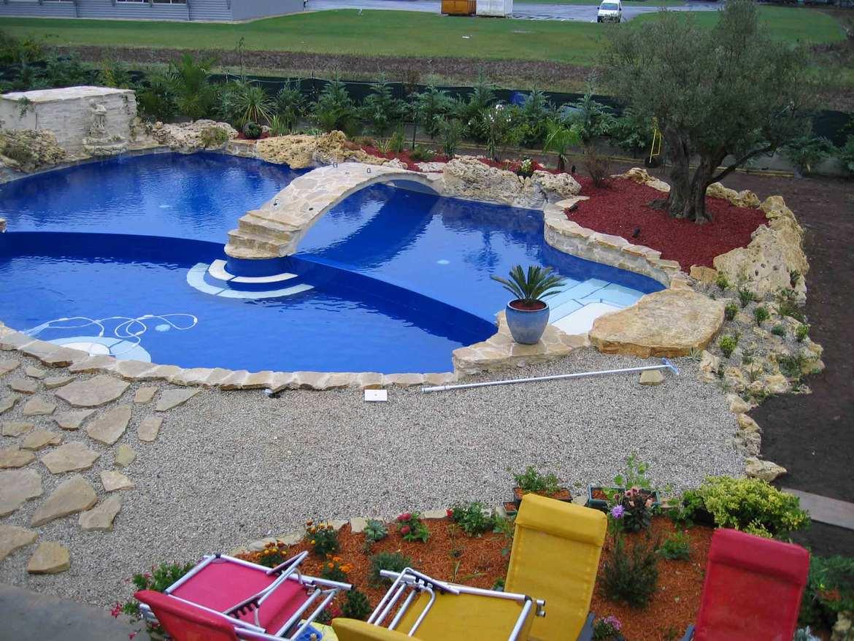 85 l 39 eau bien etre challans d4 piscines multi services for Piscine challans