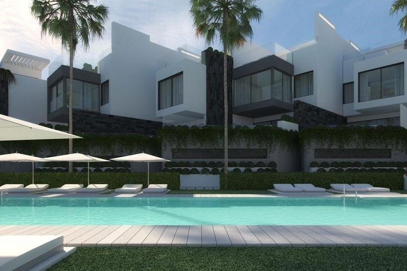 Ref:1232MLND Townhouse For Sale in Estepona