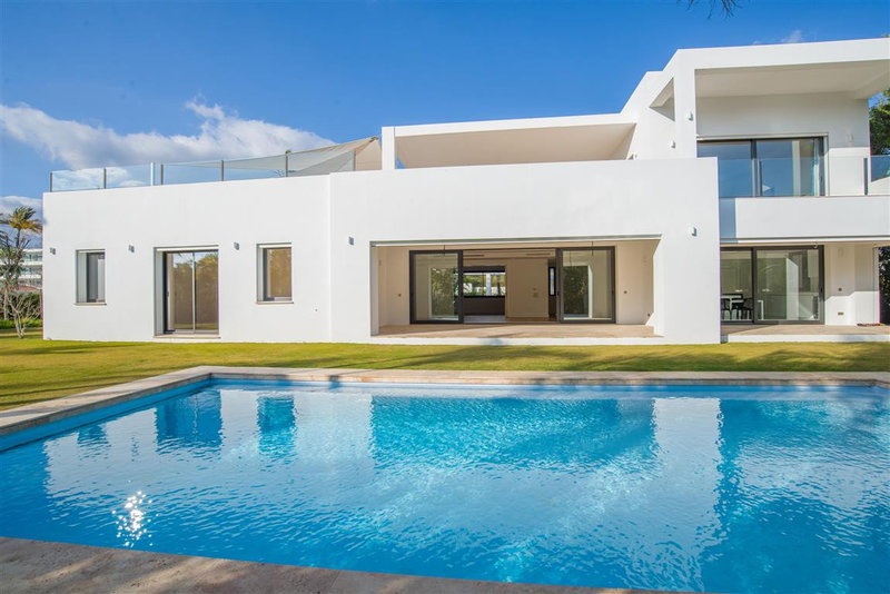 Ref:2485MLV Villa For Sale in San Pedro Alcantara