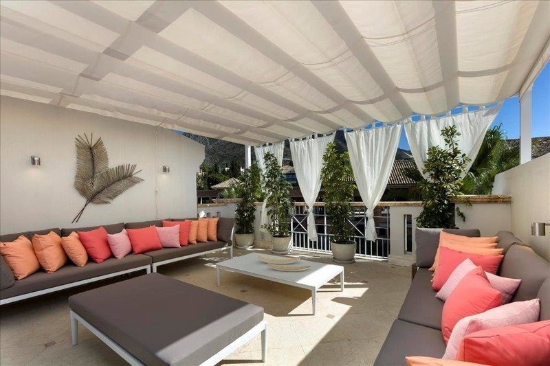 Ref:1825MLV Townhouse For Sale in Marbella