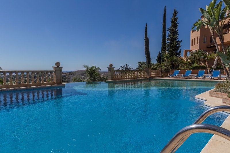 Ref:2254MLPH Penthouse For Sale in Marbella