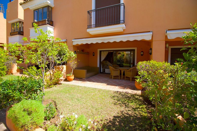 Ref:2177MLTH Townhouse For Sale in Marbella