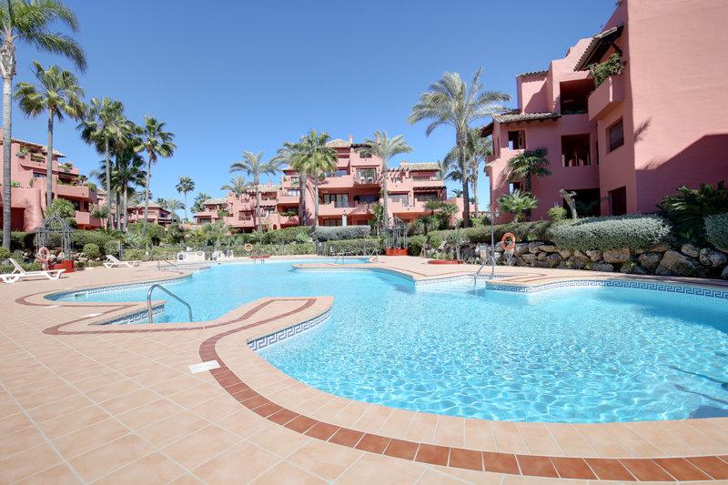 Ref:2442MLA Apartment For Sale in Estepona