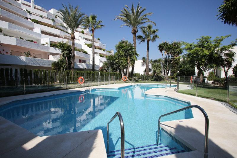 Ref:2421MLGF Apartment For Sale in Marbella